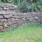 Sandstein-Trockenmauer
