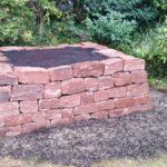 Trockenmauer-Hochbeet-Sandstein