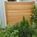 Zaunbauarbeiten Holzzaun horizontale Rhombusprofile