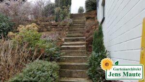 Treppenanlage Blockstufen Gartentreppe