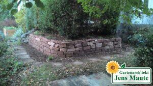 Mauerbau - nach der Umgestaltung